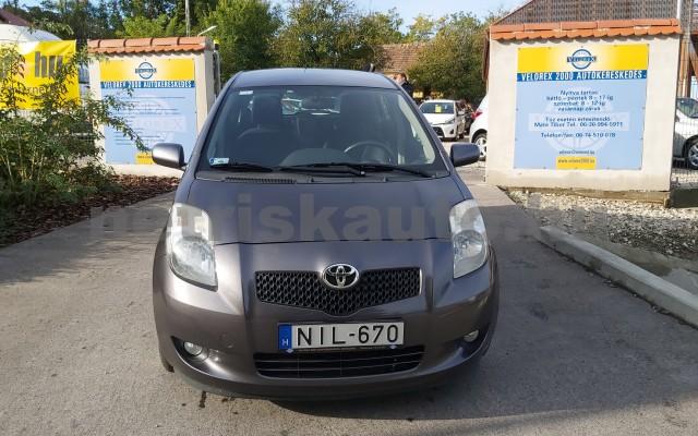 TOYOTA Yaris 1.3 Sol Ice személygépkocsi - 1296cm3 Benzin 52550 2/12