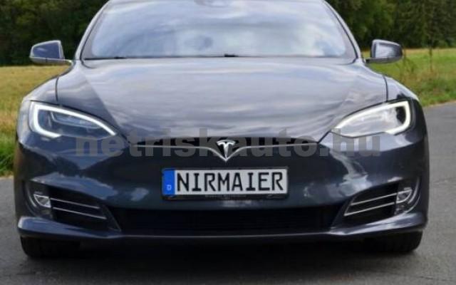 TESLA Model S személygépkocsi - 2000cm3 Kizárólag elektromos 39961 2/7