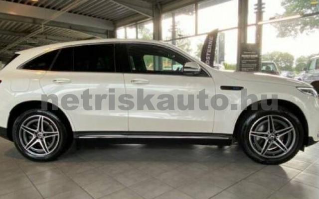 EQC személygépkocsi - cm3 Kizárólag elektromos 106124 7/12