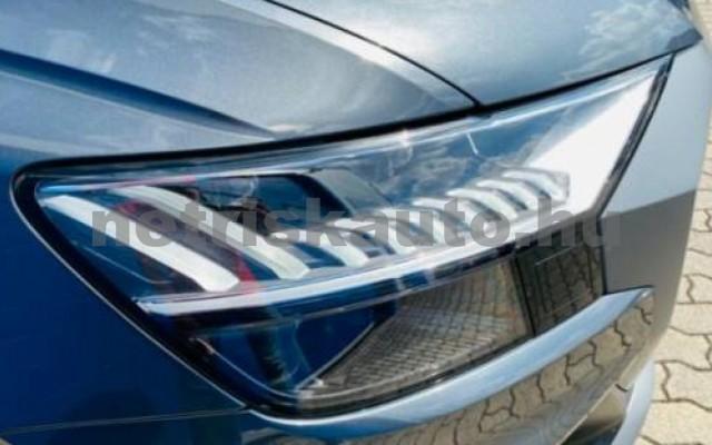 AUDI Q8 személygépkocsi - 2967cm3 Diesel 104799 2/12
