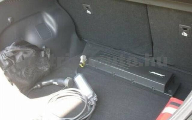 Leaf személygépkocsi - cm3 Kizárólag elektromos 106151 2/8