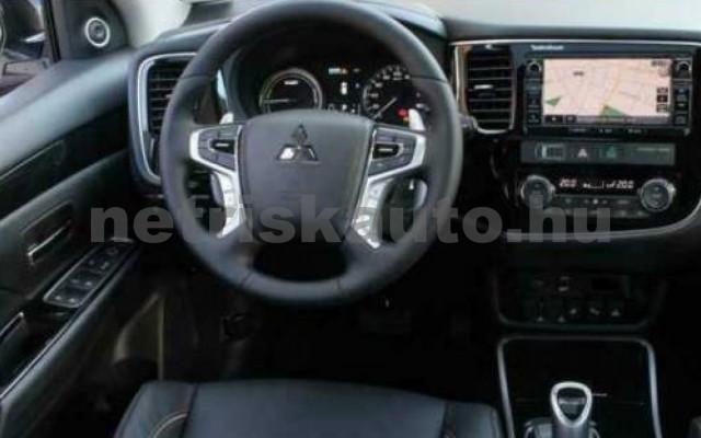 Outlander személygépkocsi - 1998cm3 Hybrid 105717 4/8