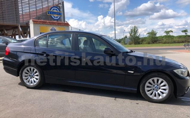 BMW 3-as sorozat 318i személygépkocsi - 1995cm3 Benzin 104542 3/12