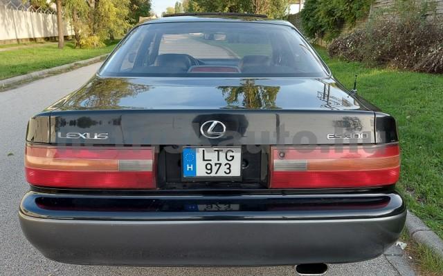 LEXUS ES személygépkocsi - 2995cm3 Benzin 98270 9/27