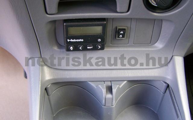TOYOTA Rav4 2.0 D-4D 4x4 személygépkocsi - 1995cm3 Diesel 104519 11/11