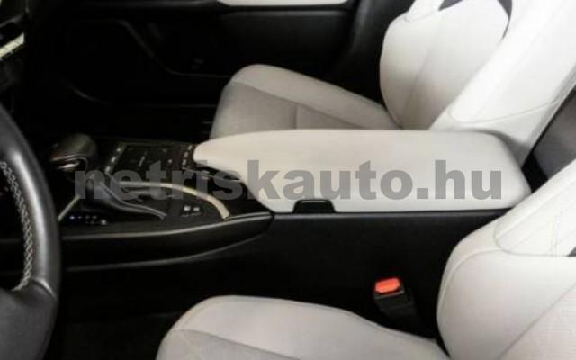 LEXUS UX személygépkocsi - 1987cm3 Hybrid 105643 9/11