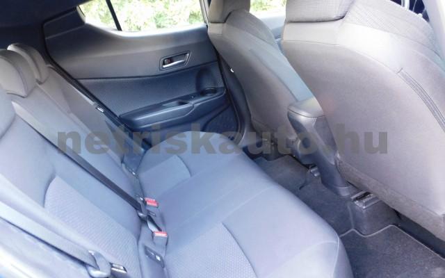 TOYOTA C-HR 1.2T Active (ülésfűtéssel) személygépkocsi - 1197cm3 Benzin 104536 10/12