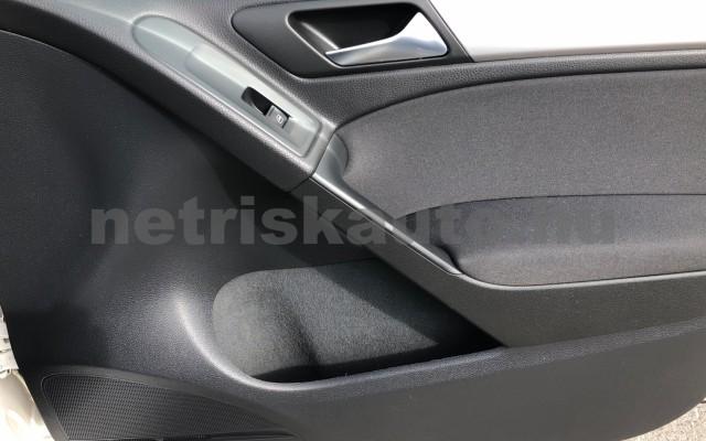 VW Golf 1.6 TDI BMT Trendline személygépkocsi - 1598cm3 Diesel 106552 9/12