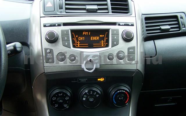 TOYOTA Corolla Verso/Verso 1.8 Linea Sol személygépkocsi - 1794cm3 Benzin 69412 10/12