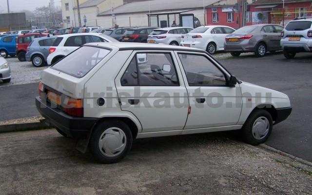 SKODA Favorit 1.3 135 Lux személygépkocsi - 1289cm3 Benzin 93265 3/12