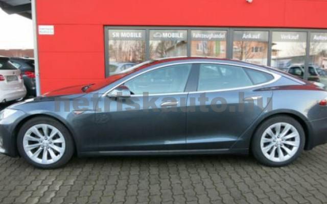 TESLA Model S személygépkocsi - 2000cm3 Kizárólag elektromos 39954 2/7