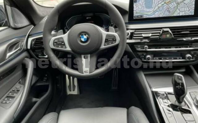 545 személygépkocsi - 2998cm3 Hybrid 105111 4/9