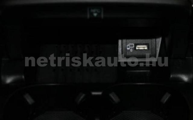 MERCEDES-BENZ E 300 személygépkocsi - 1991cm3 Benzin 105841 11/12