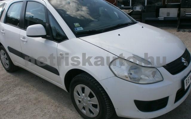 SUZUKI SX4 1.5 GC személygépkocsi - 1490cm3 Benzin 81413 2/10