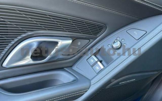 R8 személygépkocsi - 5204cm3 Benzin 104865 7/12