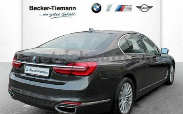 BMW 750 személygépkocsi - 4395cm3 Benzin 43011 3/7