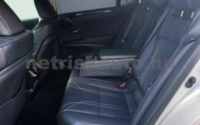 ES 300 személygépkocsi - 2487cm3 Hybrid 105612 5/11
