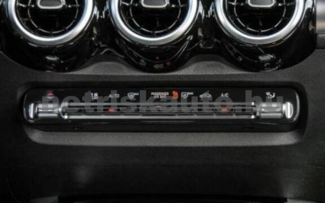 MERCEDES-BENZ GLB 200 személygépkocsi - 1332cm3 Benzin 105949 10/12