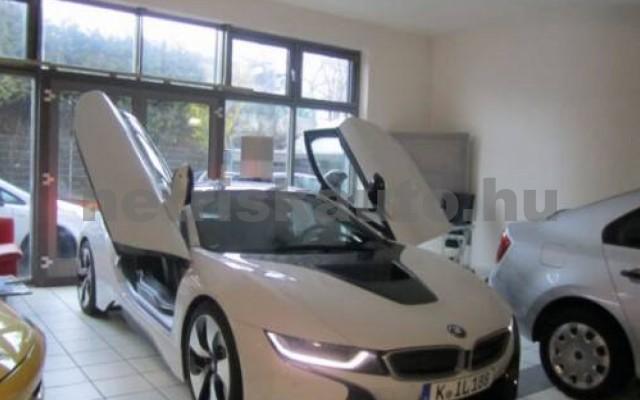 BMW i8 személygépkocsi - 1499cm3 Hybrid 55870 2/6