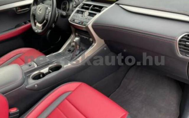 NX 300 személygépkocsi - 2494cm3 Hybrid 105658 7/12