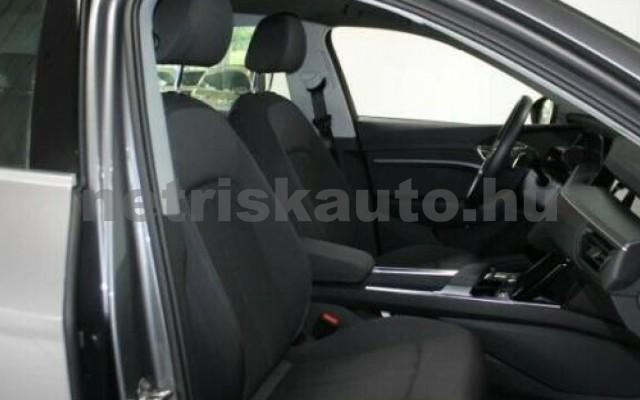 e-tron személygépkocsi - cm3 Kizárólag elektromos 104963 5/10