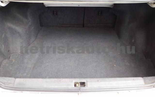 TOYOTA Carina 1.6 XLi személygépkocsi - 1587cm3 Benzin 104540 11/12