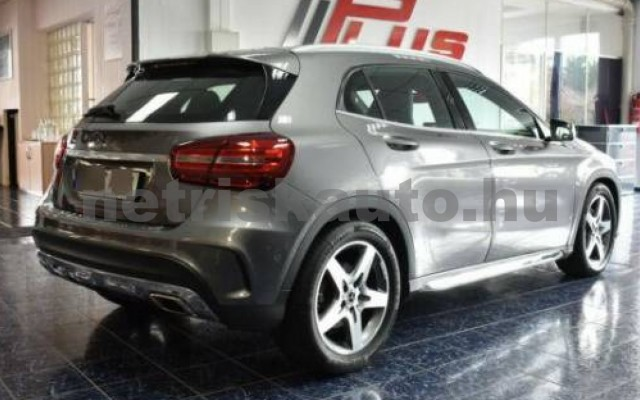 GLA 220 személygépkocsi - 2143cm3 Diesel 105944 3/12