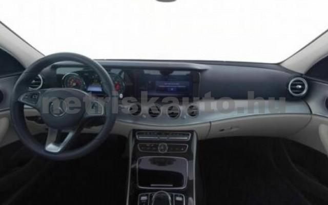 E 300 személygépkocsi - 1991cm3 Benzin 105842 4/7