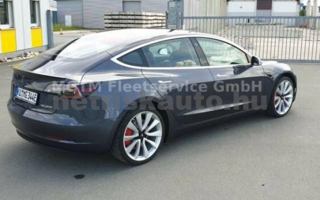 TESLA Model 3 személygépkocsi - 2000cm3 Kizárólag elektromos 39935 3/7