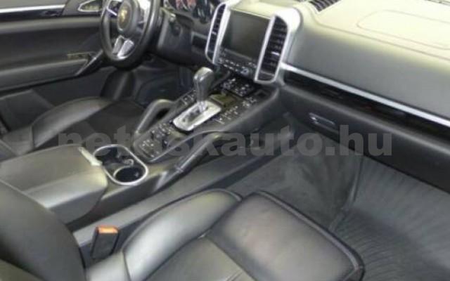 Cayenne személygépkocsi - 4134cm3 Diesel 106288 10/12