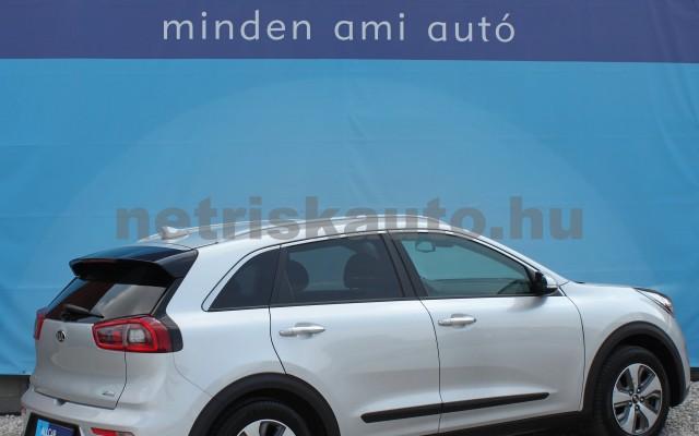 KIA Niro 1.6 GDI EX DCT személygépkocsi - 1580cm3 Hybrid 18832 3/12