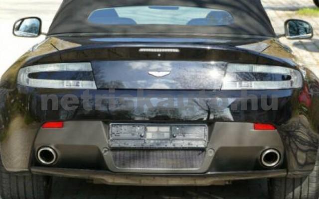 V8 Vantage személygépkocsi - 4280cm3 Benzin 104570 2/9