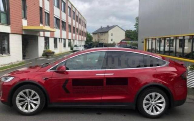 Model X személygépkocsi - cm3 Kizárólag elektromos 106227 6/12