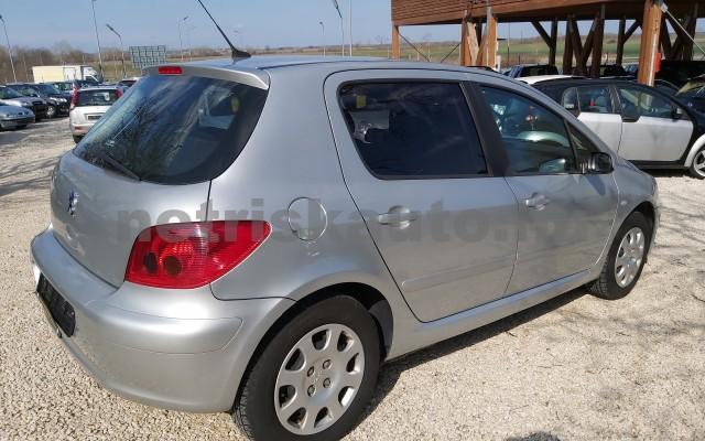PEUGEOT 307 1.6 HDi Presence személygépkocsi - 1560cm3 Diesel 32780 4/12