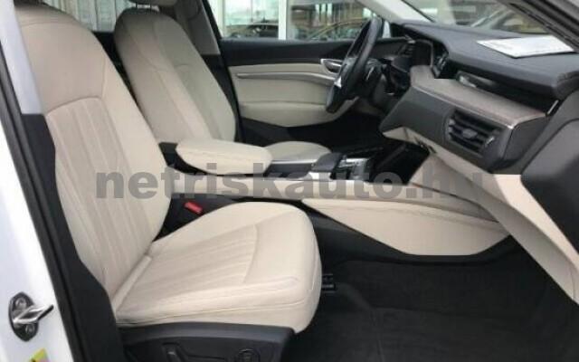 AUDI e-tron személygépkocsi - 2000cm3 Kizárólag elektromos 42569 4/7