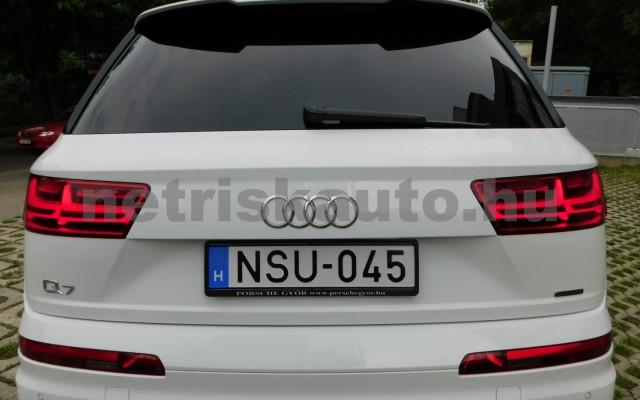 AUDI Q7 3.0 V6 TDI quattro tiptronic személygépkocsi - 2967cm3 Diesel 44854 4/12