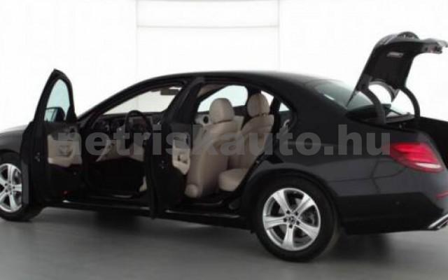 E 300 személygépkocsi - 1991cm3 Benzin 105842 3/7