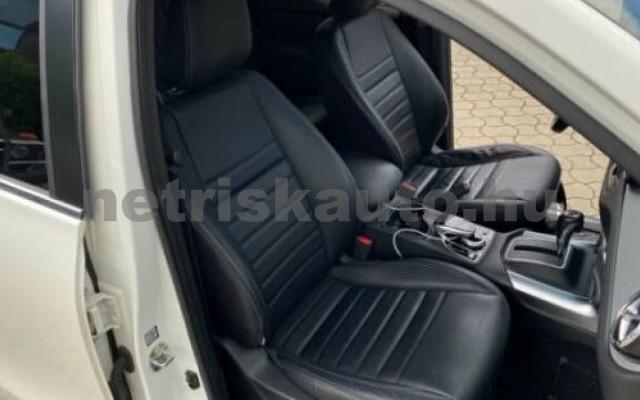 X 350 személygépkocsi - 2987cm3 Diesel 106146 9/12