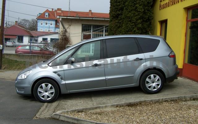 FORD S-Max 2.0 Trend személygépkocsi - 1999cm3 Benzin 93249 2/12