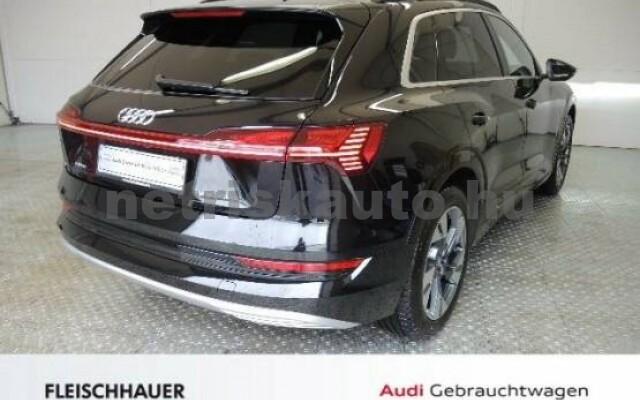 AUDI e-tron személygépkocsi - 2000cm3 Kizárólag elektromos 42572 4/7