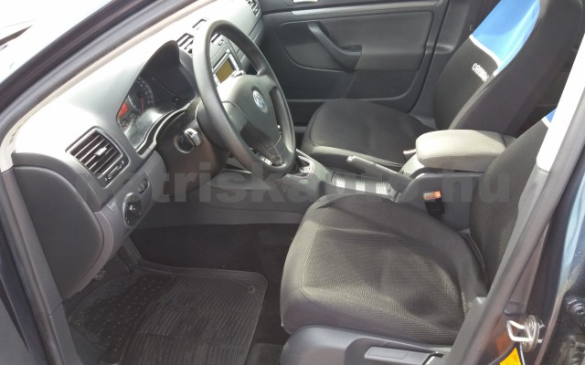 VW Jetta 1.6 Trendline személygépkocsi - 1595cm3 Benzin 49975 6/8