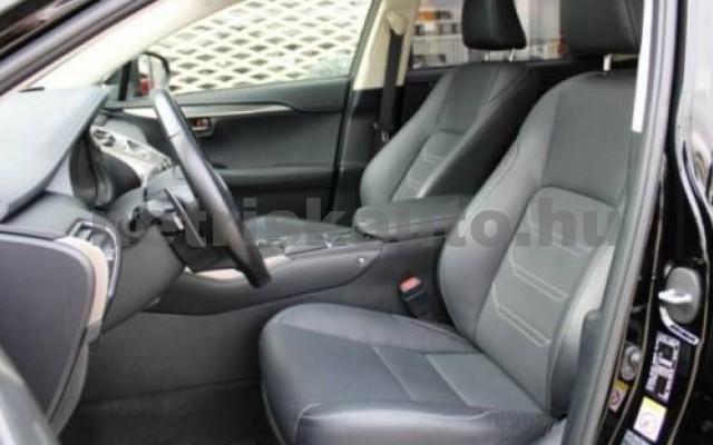 NX 300 személygépkocsi - 2494cm3 Hybrid 105655 7/10