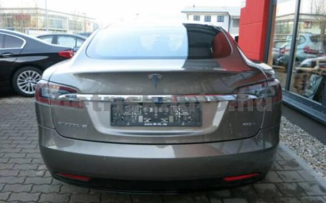 TESLA Model S személygépkocsi - 2000cm3 Kizárólag elektromos 39949 4/7
