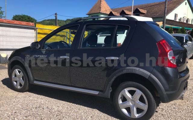 DACIA Sandero 1.5 dCi Stepway személygépkocsi - 1461cm3 Diesel 89226 2/12