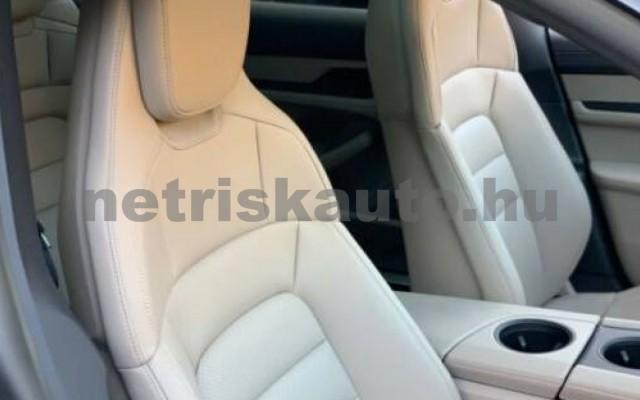 Taycan személygépkocsi - cm3 Kizárólag elektromos 106310 3/9