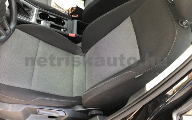 VW Golf 1.6 TDI BMT Trendline személygépkocsi - 1598cm3 Diesel 88920 6/12