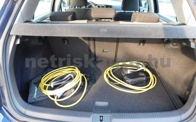 VW Golf e-Golf személygépkocsi - cm3 Kizárólag elektromos 44856 11/12