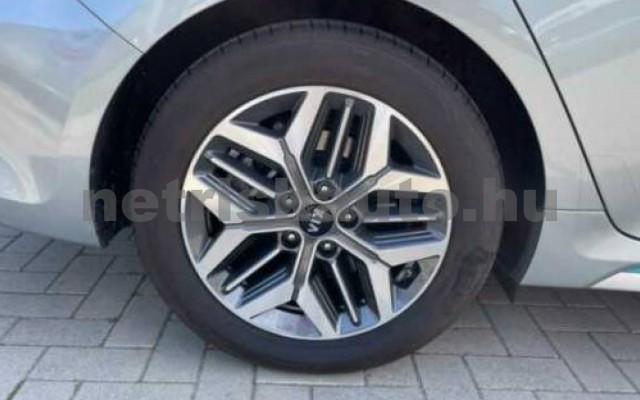 Optima személygépkocsi - 1999cm3 Hybrid 106162 8/8