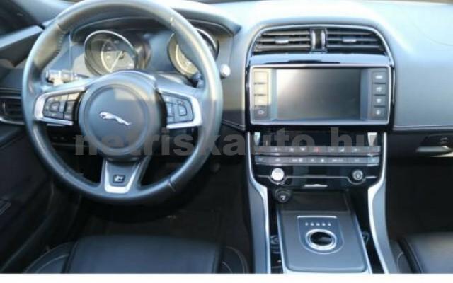 JAGUAR XE személygépkocsi - 1999cm3 Benzin 43377 7/7