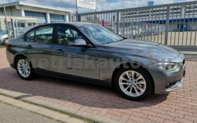 330 személygépkocsi - 2993cm3 Diesel 105066 2/10